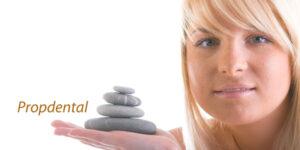 tratamiento endodontico reconstruido con perno estetico de fibra de vidrio