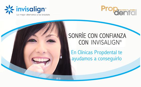 sonrisa con alineadores transparentes para la ortodoncia de invisalign en Barcelona