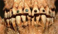 incrustaciones de los mayas