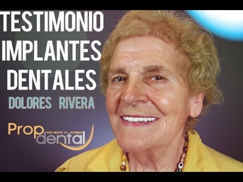 video Testimonio de implantes dentales de Dolores Rivera