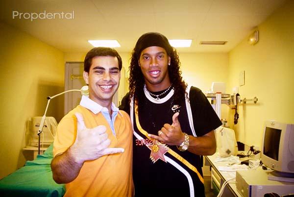 ronaldinho dentista