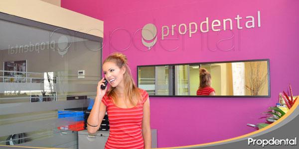 Andrea Huisgen miss España en la clinica dental