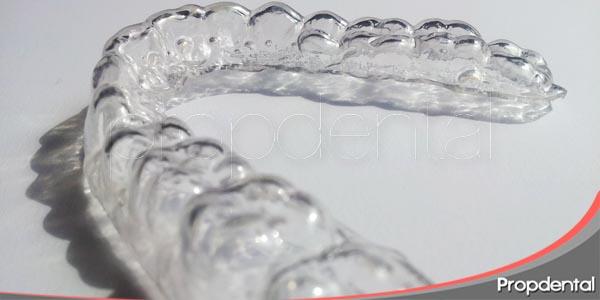 el blanqueamiento dental nocturno con férulas