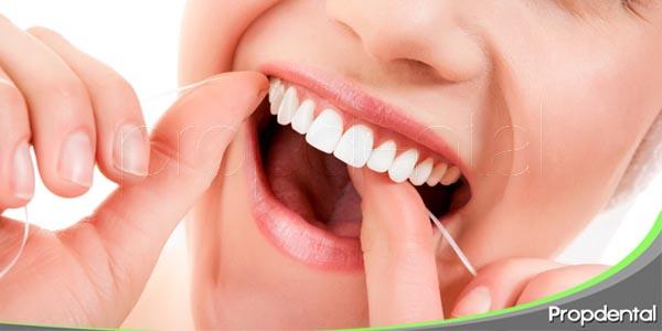 consejos para el uso del hilo dental