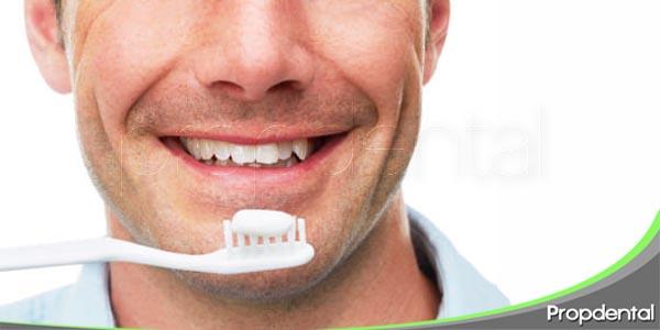la importancia de la salud oral en los hombres