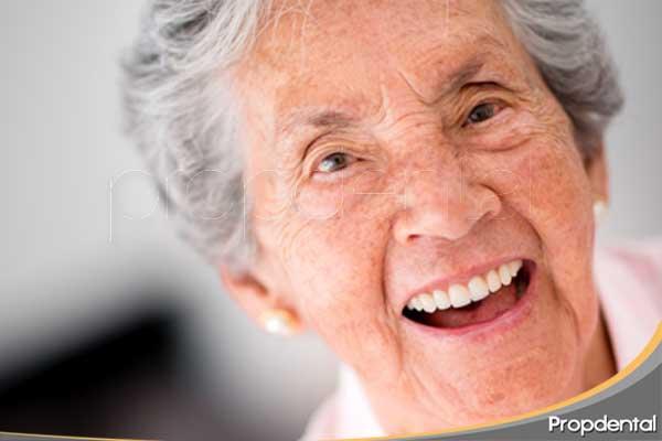 Cuidado dental personas mayores