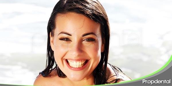 como proteger los dientes durante el verano