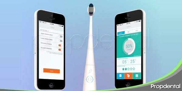 un cepillo eléctrico que se conecta a tu smartphone
