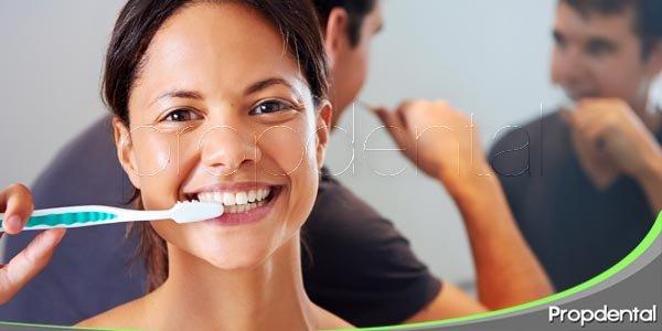 cepíllate los dientes como un dentista en 120 segundos