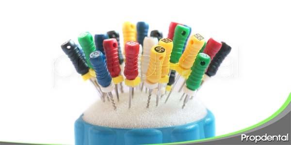 material utilizado en un proceso de endodoncia