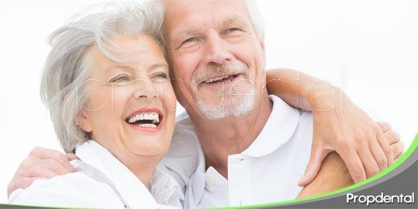 4 problemas orales habituales en pacientes mayores