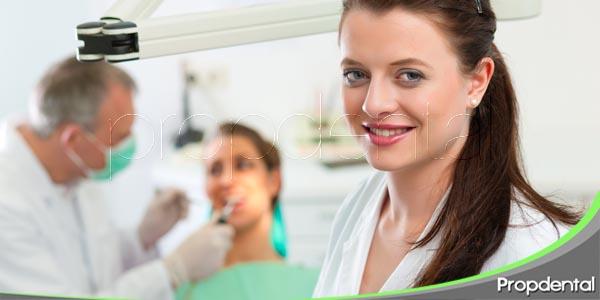 conoce al equipo dental