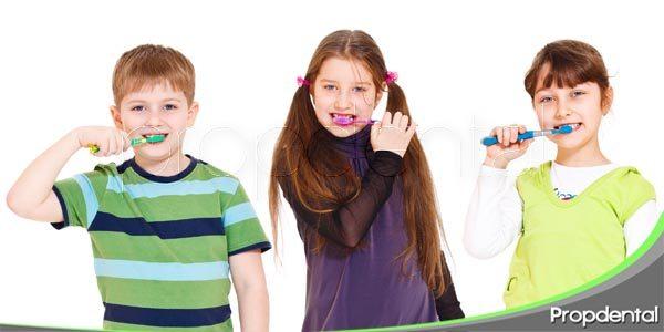 cuidar de los dientes definitivos