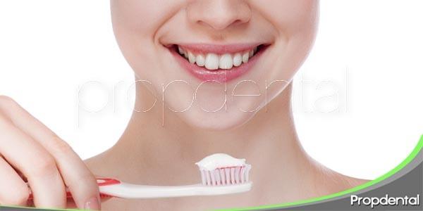 mantén tus dientes limpios