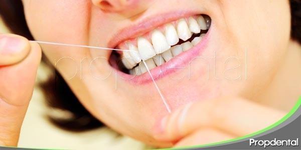 ¿cómo usar hilo dental?