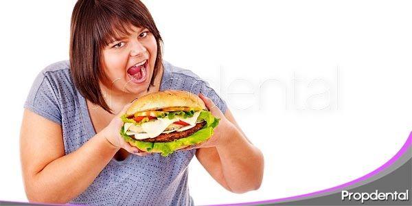 el sobrepeso y su relación con el cuidado dental