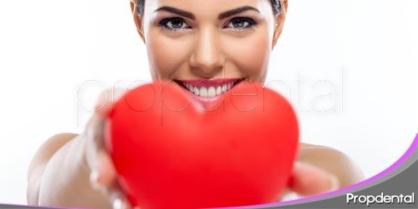 la salud cardiovascular y su relación con las encías