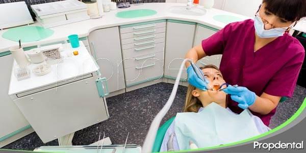 razones por las que acudir al dentista regularmente