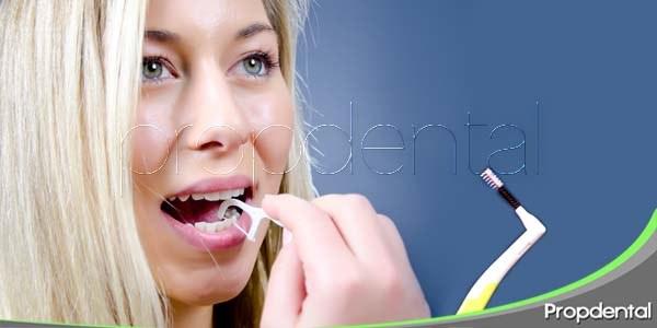 cepillo interproximal e hilo dental