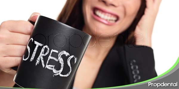 relación entre la salud oral y el estrés