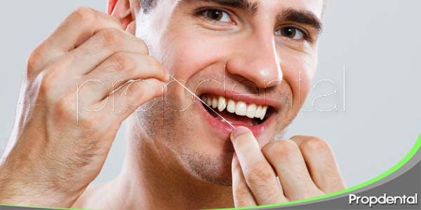 añade el hilo dental a tu rutina dental