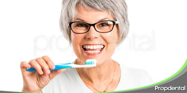 consejos dentales para la tercera edad