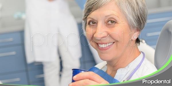 problemas dentales en personas mayores