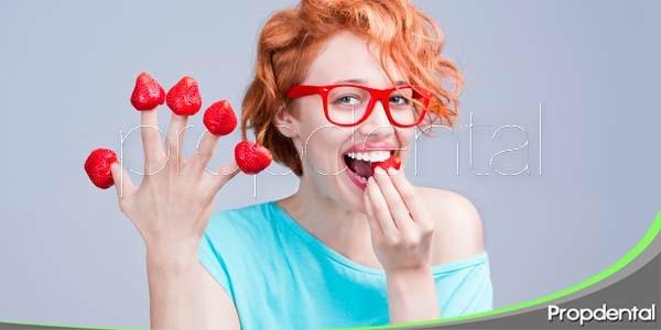 beneficios de la fresa respecto a la salud oral