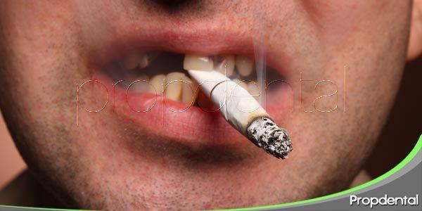 los fumadores tienen menos dientes