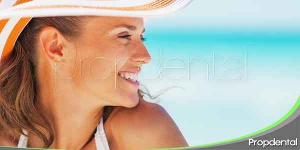 mantener una sonrisa atractiva en vacaciones