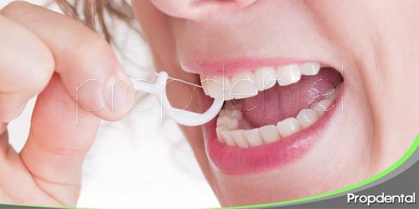 Consejos para prevenir la caries dental for What is flossing