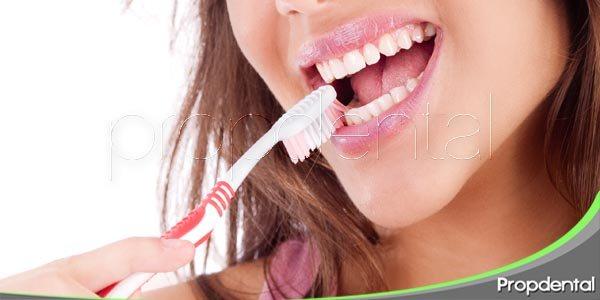 cuidado dental durante la adolescencia