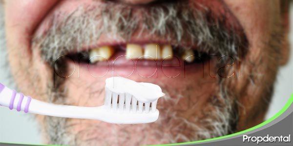 el cuidado oral y los dientes en mal estado