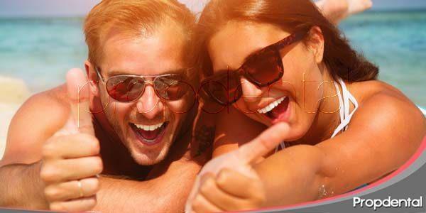 mejora tu sonrisa este verano con las carillas dentales
