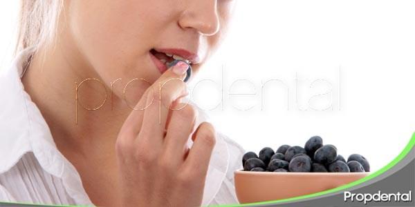 Arándanos para tratar las enfermedades periodontales