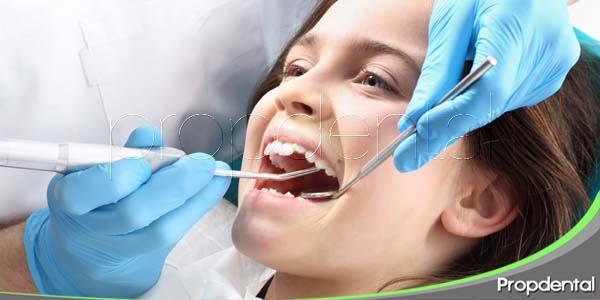 Los dentistas en España recomiendan una revisión a principios de curso