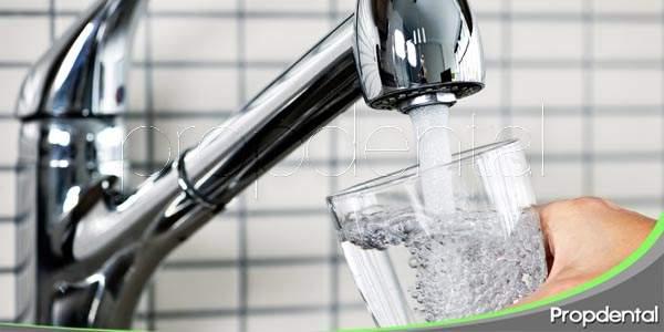 El agua fluorada