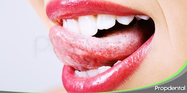 Mi lengua está demasiado roja