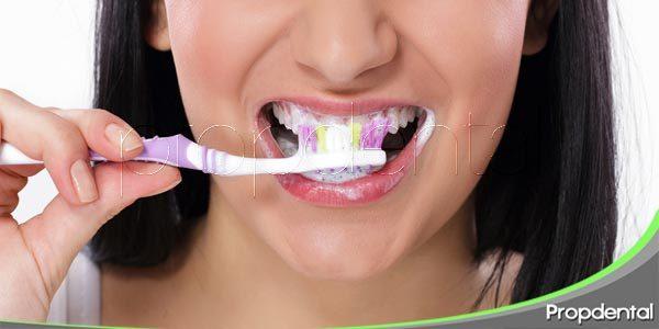 Proteger las encías y los dientes