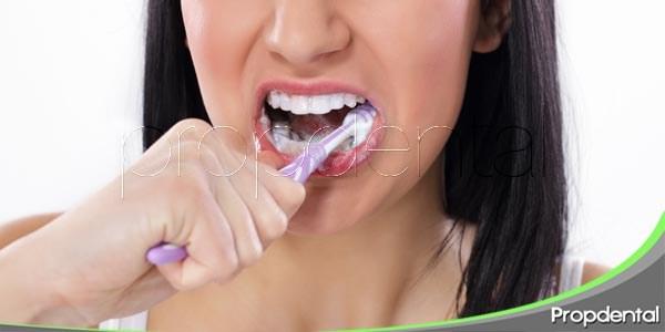 Errores de limpieza comunes con cepillo manual