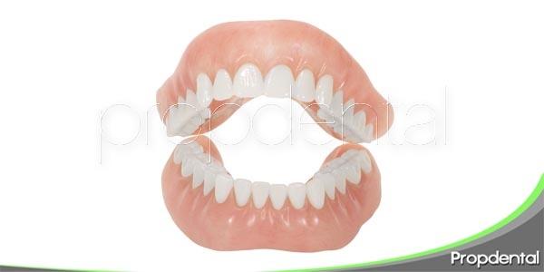 ¿Dentadura nueva? Aquí tienes unos consejos