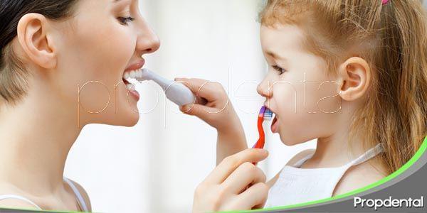 El 60% de los niños no se cepilla los dientes después de comer