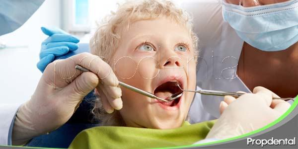 Inflamación de las encías en edades tempranas