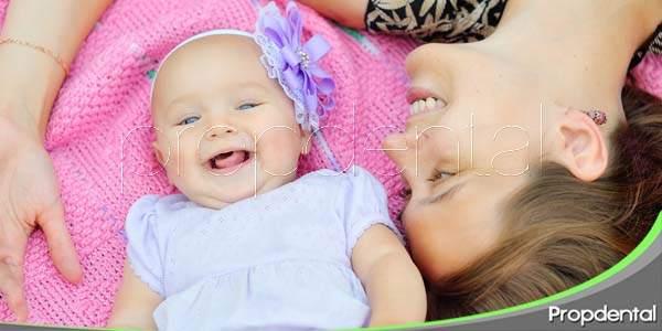 Compartir una sonrisa sana con tu bebé
