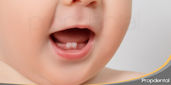 problemas durante la erupción de los dientes