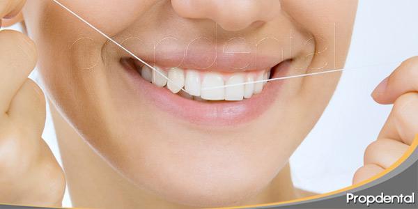 el-hilo-dental-nuestro-gran-aliado