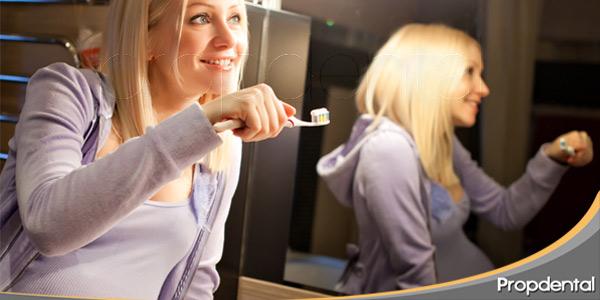 la-enfermedad-periodontal-durante-el-embarazo