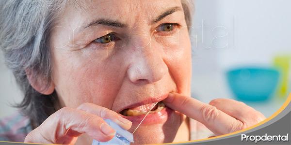 5-problemas-dentales-en-la-tercera-edad