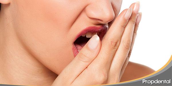 Mitos-sobre-la-halitosis