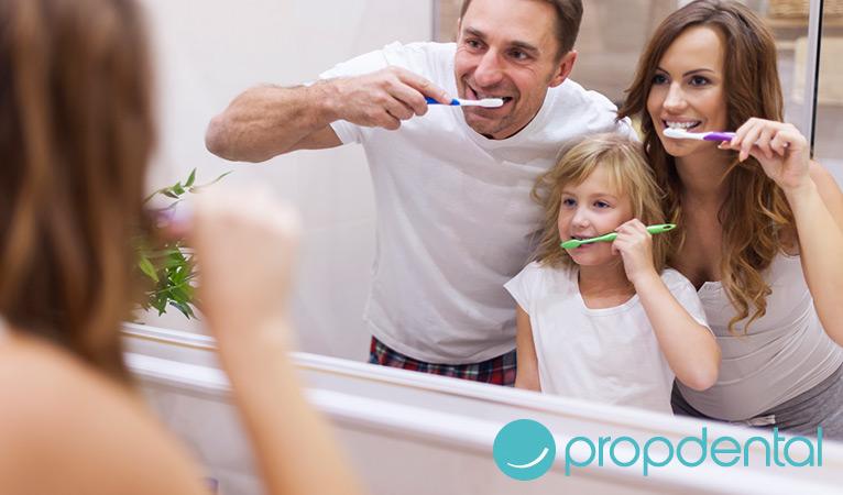 Prevenir la caries con el cepillado dental